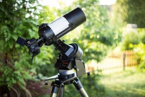 das Setup für tolle Mondfotos - Celestron C5 Teleskop mit EOS 600D am Kamera-Adapter im Primärfokus.